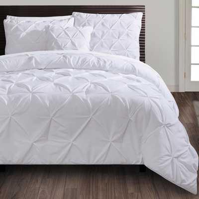 VCNY Carmen 4-piece Comforter Set (King) - Overstock