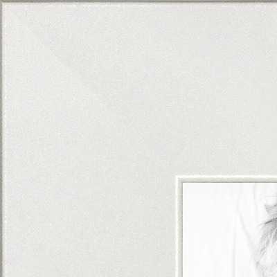 Modern white frame - arttoframe.com