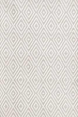 Diamond Platinum/White Indoor/Outdoor Rug -4' x 6' - Dash and Albert