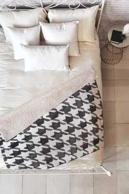 HOUNDSTOOTH BW Fleece Throw Blanket-Medium - Wander Print Co.
