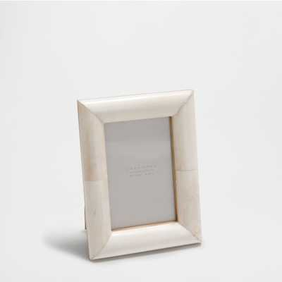 Two-toned bone frame - Zara Home