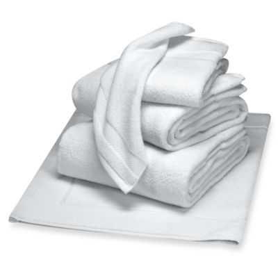 Wamsutta® Duet Fingertip Towel in White - Bed Bath & Beyond