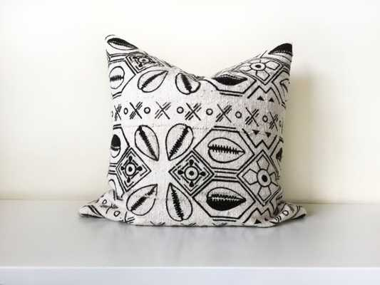 """Mudcloth Pillow Cover - 16"""" x 24"""" - Insert Sold Separately - Etsy"""