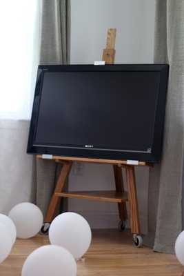 TV easel (Golden Oak) - Etsy