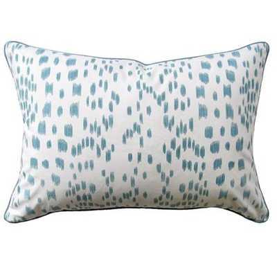 "Ryan Studio Les Touches Pillow - Aqua - 14"" x 20"" - Candelabra"