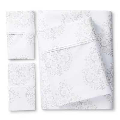 """Thresholdâ""""¢ Performance Sheet Set - Patterns - Target"""