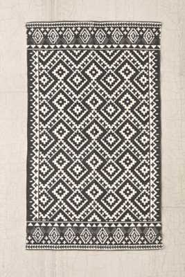 Magical Thinking Tahoe Geo Printed Rug - Black/White - 8x10 - Urban Outfitters