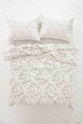 4040 Locust Dotted Diamond Duvet Cover - Urban Outfitters