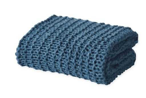 Oscar/Oliver Luca Chunky Knit Throw Blanket in Blue - Bed Bath & Beyond