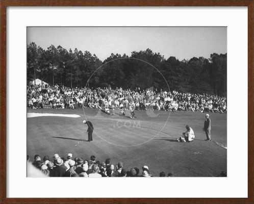 Spectators Watching as Gary Player Wins the Master's Golf Tournament - art.com