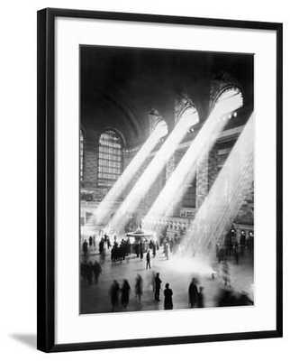 Sunbeams in Grand Central Station - art.com