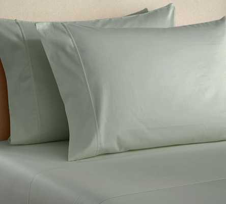 PB Essential 300-Thread-Count Flat Sheet, Cal. King, Icy Blue - Pottery Barn