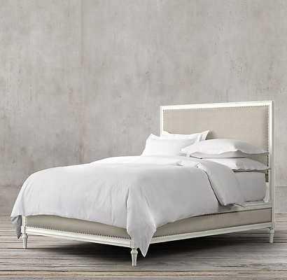 MAISON PANEL KING BED  - Antiqued Grey Oak, Belgian Linen Natural - RH