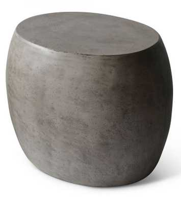 EATHERLY END TABLE - Curated Kravet
