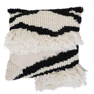 Jamir Wool Throw Pillow1 - Neva Home