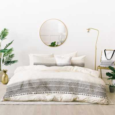 Holli Zollinger FRENCH LINEN CHARCOAL TASSEL Bed In A Bag - Full/Queen - Wander Print Co.