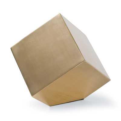 Closed Standing Cube - Regina Andrew