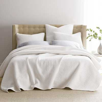 Legends Paloma Cotton Textured King Quilt in White - Home Depot