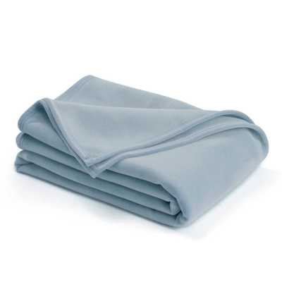 Original Wedgewood Blue Nylon Full/Queen Blanket - Home Depot