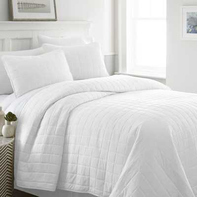 Square White Queen Performance Quilted Coverlet Set - Home Depot
