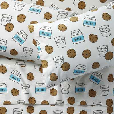 Organic Milk and Cookies Flannel Full Sheet Set - Crate and Barrel