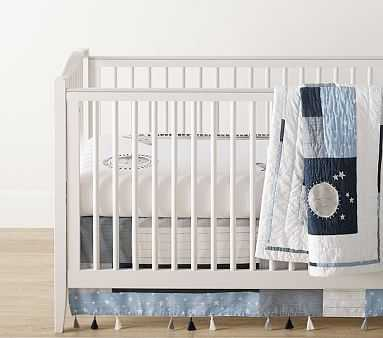 Max Giraffe Quilt Set with Picture Perfect Giraffe Crib Fitted Sheet - Pottery Barn Kids