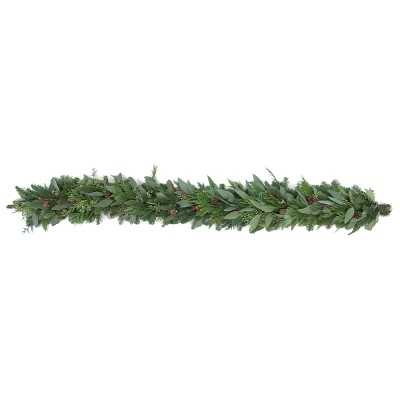 Cedar Berry Eucalyptus Garland, 6' - Williams Sonoma