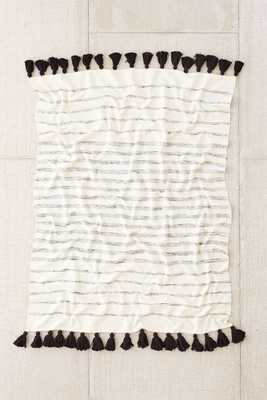 4040 Locust Slidell Throw Blanket - Black - Urban Outfitters