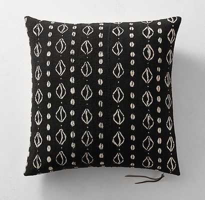 "HANDWOVEN AFRICAN MUD CLOTH COWRIE SHELL PILLOW COVER - BLACK - 22x22"" - No insert - RH"