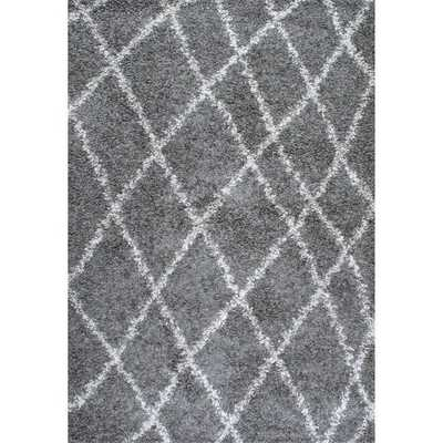 nuLOOM Alexa My Soft and Plush Moroccan Trellis Grey Easy Shag Rug (6'7 x 9') - Overstock