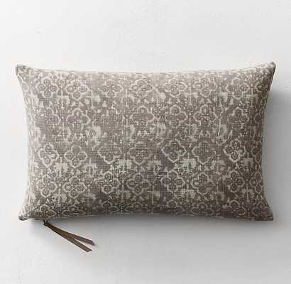 BATIK MUD-RESIST QUATREFOIL PILLOW COVER - LUMBAR - RH