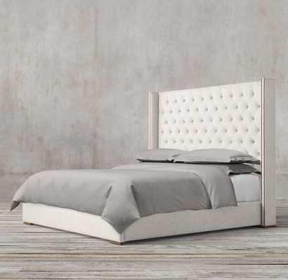 """ADLER SHELTER DIAMOND-TUFTED FABRIC PLATFORM BED WITH NAILHEADS, king, 68"""", perennials classic linen, natural without storage - RH"""