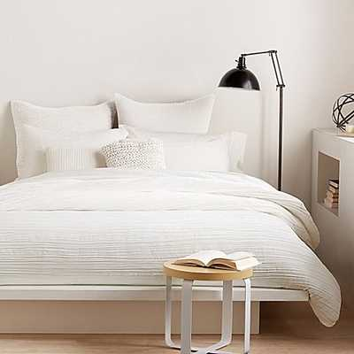DKNY City Pleat Queen Duvet Cover in White - Bed Bath & Beyond