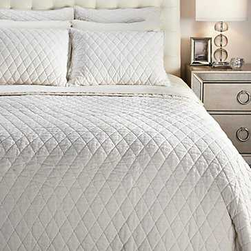 Leigh Bedding - White, Dual King Quilt - Z Gallerie