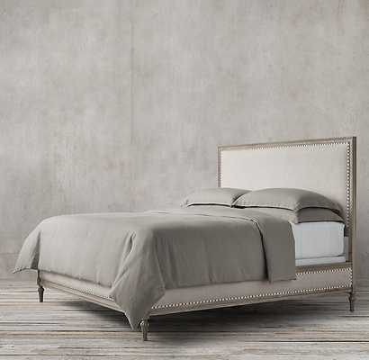 MAISON UPHOLSTERED BED WITH FOOTBOARD -ANTIQUE GREY OAK - RH