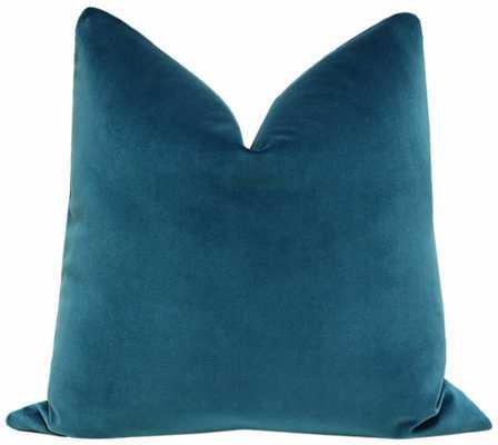 Signature Velvet // Baltic Blue - Little Design Company