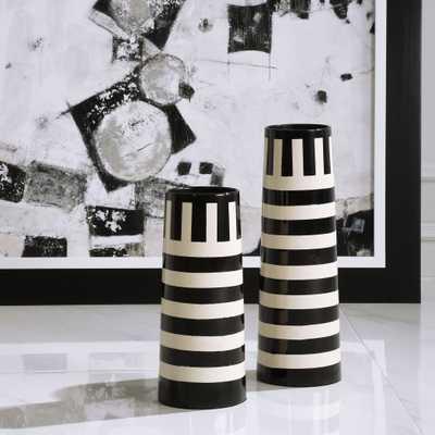 Amhara Black & White Vases, S/2 - Hudsonhill Foundry