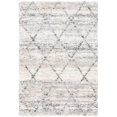 Mari Geometric Gray/Ivory Area Rug