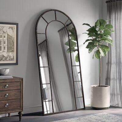 Holliston Traditional Wall Mirror