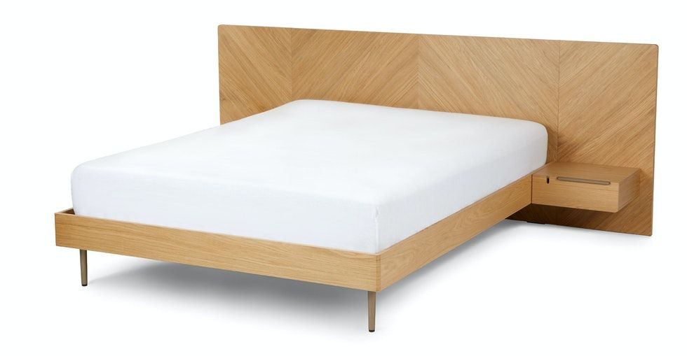 Nera Oak King Bed with Nightstands