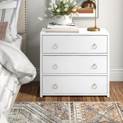 Claudine 3 - Drawer Bachelor's Chest